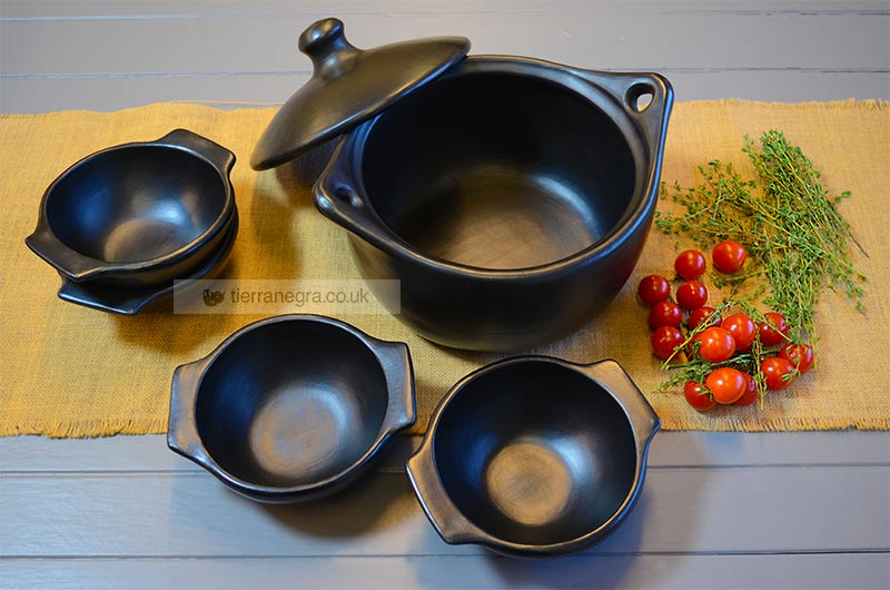 CL 434 Deep round casserole with four CL 153 Mayan bowls