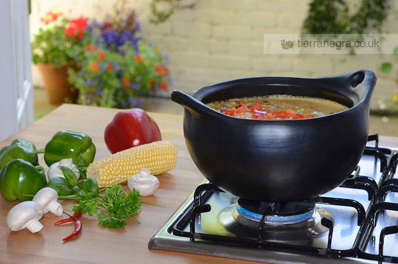 CL 434 deep round casserole